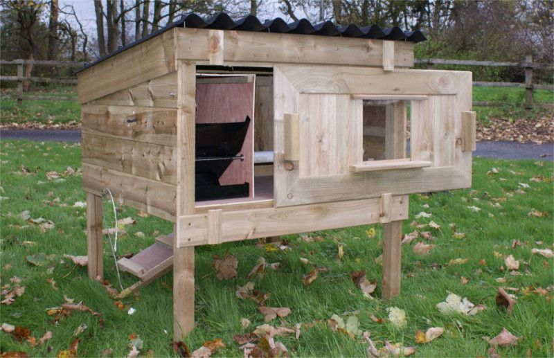 cheshire chicken coop with legs